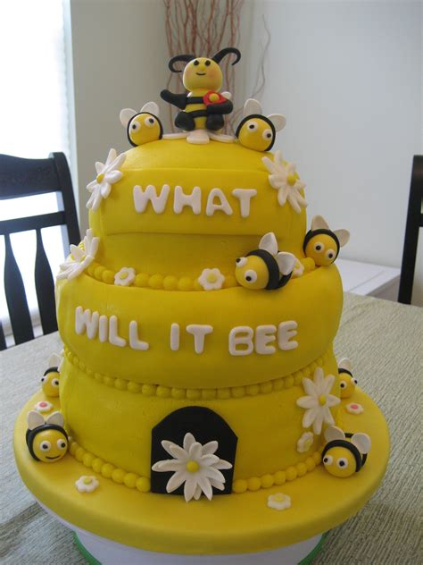 Bee Decorations For Cakes by Bumble Bee Cake Decorations Images