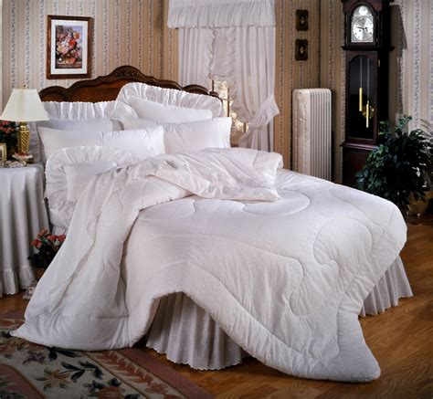 how do you clean a comforter how to clean comforters and bedding boulder cleaners