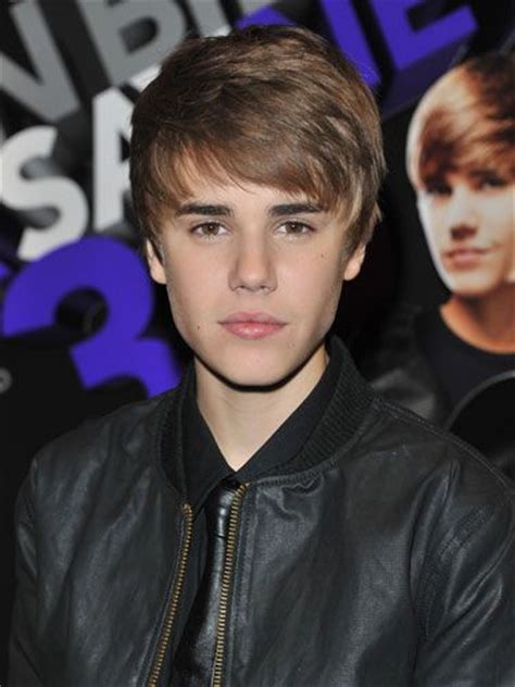 swoopy hair guys the evolution of justin bieber s hairstyles men hairstyles