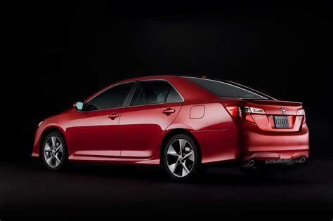 2013 Toyota Camry Se by 2013 Toyota Camry Reviews And Rating Motor Trend