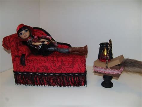 Everafter Furniture by Furniture For After High Dolls Handmade Chaise Lounge