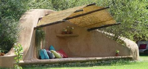 cob bench cob bench earthships tiny homes pinterest