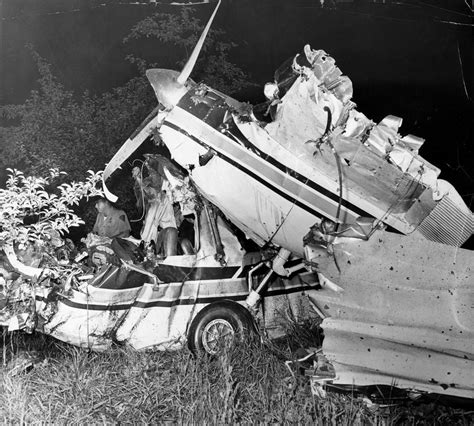 John F Kennedy Jr Plane Crash | news spike sourcebook dodgy plane crashes