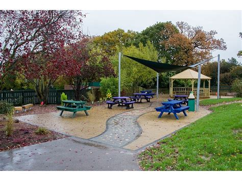 Grange Park Primary School   Fawns Playground Equipment