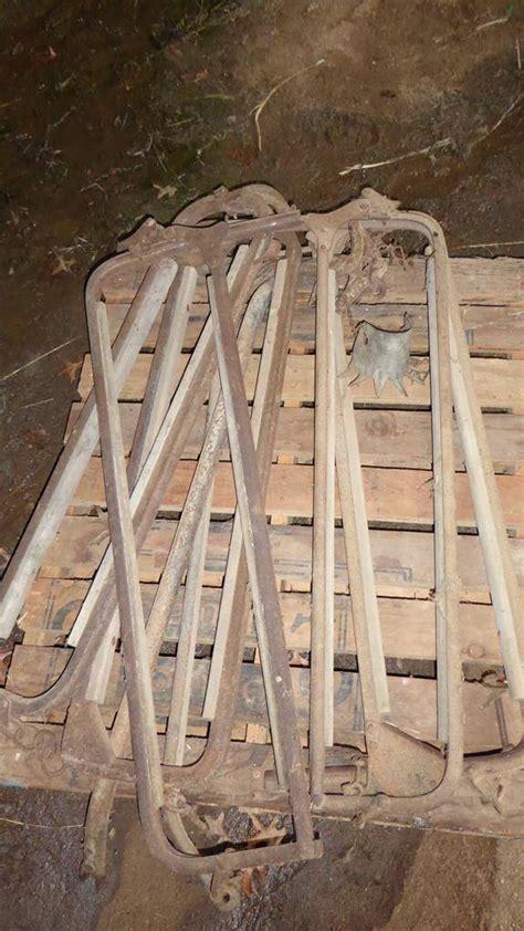 Dasi Premium Newcastle Kc 01 norcal auctions estate sales lot 70 5 antique iron wood cattle squeeze s