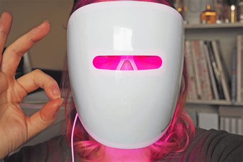 light therapy mask neutrogena the light therapy acne mask