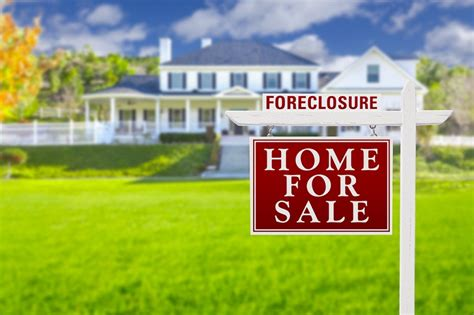 buying foreclosures at auction the basics