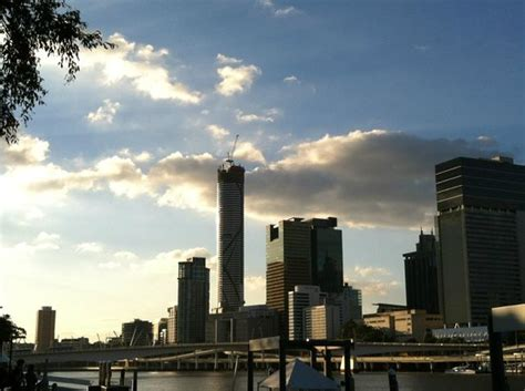 serviced appartments brisbane brisbane cbd skyline with meriton standing tall picture