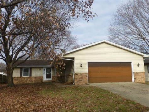 2225 croydon dr springfield il 62703 foreclosed home