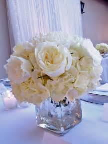 25 best ideas about white rose centerpieces on pinterest simple elegant centerpieces simple
