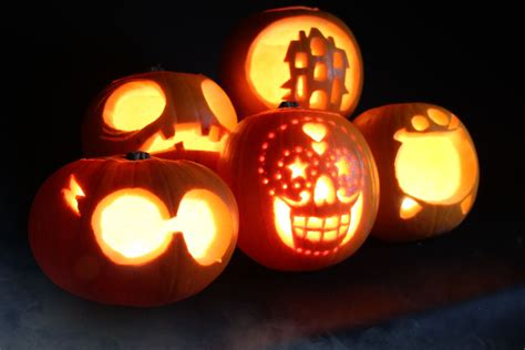 easy pumpkin templates 5 easy pumpkin carving ideas with stencils