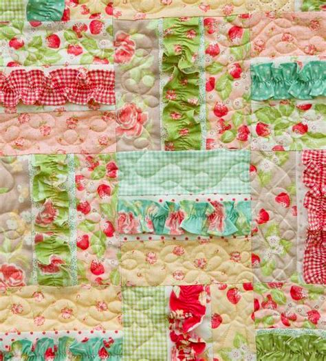quilt pattern for baby girl 8 sweet baby girl quilt patterns that ll make you swoon