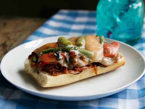 Fast Easy Dinner Open Roast Beef Sandwich by Open Cheesy Roast Beef And Veggie Melts Recipe