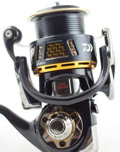 Reel Pancing Daiwa Saltiga Bj200shl 10 1bb quot used quot daiwa 10 saltiga 4000 rods and reels fishing stuff and spinning reels