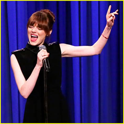emma stone lip sync songs emma stone s lip sync battle with jimmy fallon is a must