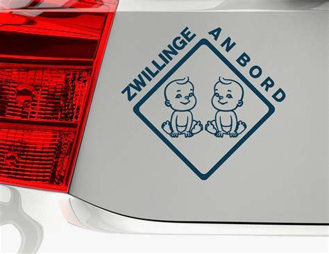 Autoaufkleber Zwillinge by Autoaufkleber Quot Happy Boy Twins Quot Mit Zwei Zwillings Jungen