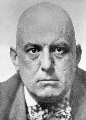 Biografias que dão medo: Aleister Crowley   MEDO B