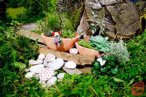 decori da giardino le decorazioni per il giardino quelle fai da te casa e