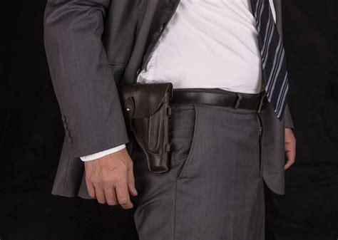 porto d arma per difesa personale imprenditori armati per difendere i beni la svolta