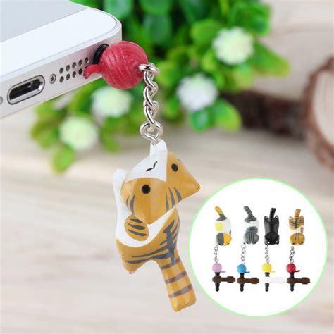 Pluggy Penutup Lubang Earphone jual pluggy dust gantungan lubang earphone smartphone kucing neko atsume di lapak boyoyo