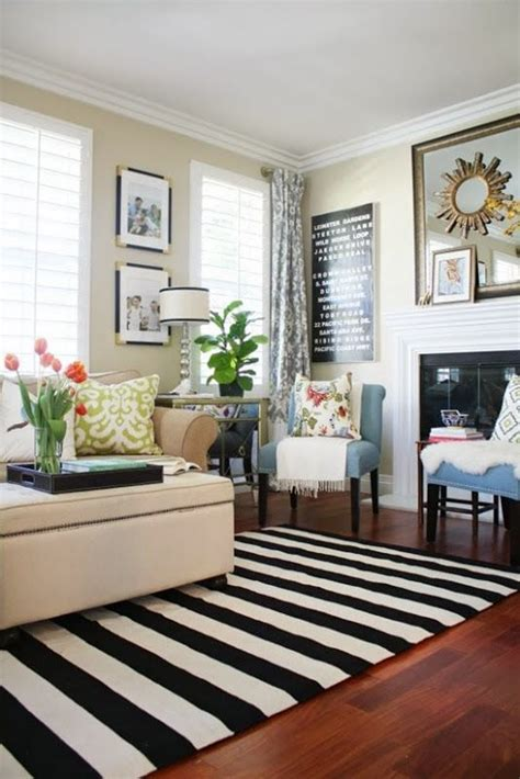 Black And White Living Room Rug by Best 25 Striped Rug Ideas On Stripe Rug