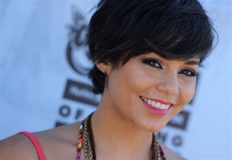 hair style chionship more pics of vanessa hudgens short straight cut 19 of 34