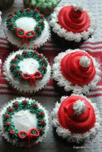 These christmas cupcakes are great fun to make and most of my students