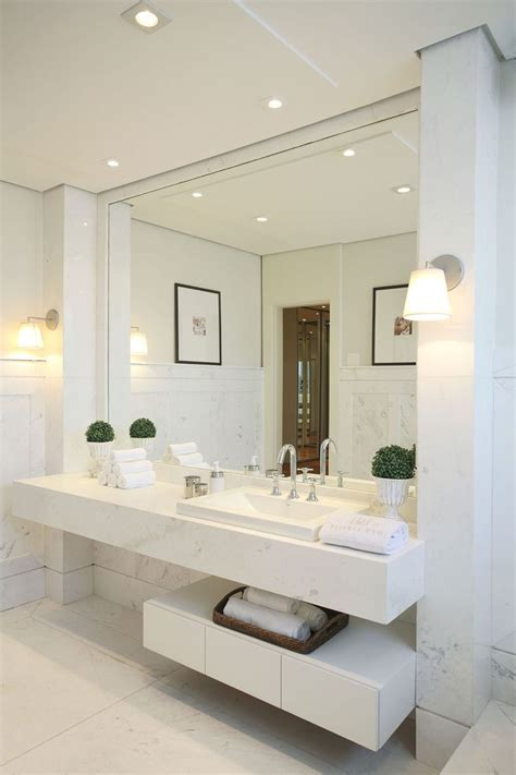 white bathrooms ideas 17 best ideas about white bathrooms on pinterest
