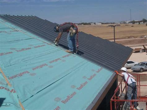 synthetic roof underlayment vs felt felt or synthetic underlayment for metal roof