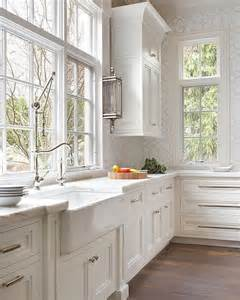 Classic White Kitchen Cabinets | 25 best ideas about classic white kitchen on pinterest