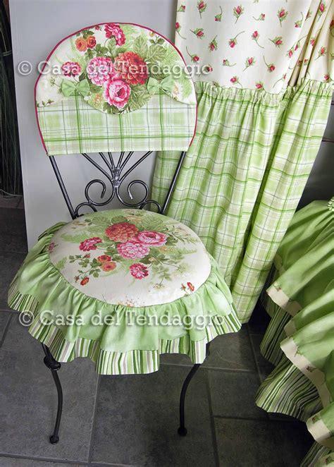 cuscini per sedie da cucina country cuscino per sedia con tessuto country a fiori cuscini