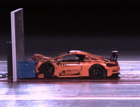 Porsche 911 Crash Test by El Porsche 911 Gt3 Rs De Lego Se Enfrenta A Un Crash Test