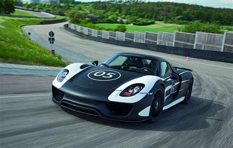 Porsche Elektroauto by Porsche Elektroauto