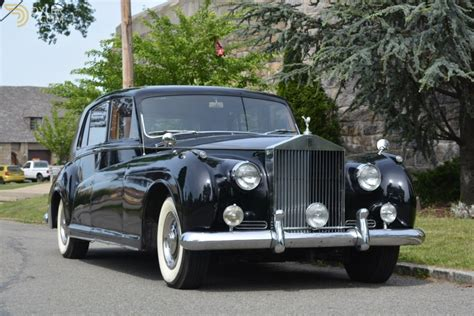 rolls royce classic phantom classic 1961 rolls royce phantom sedan saloon for sale