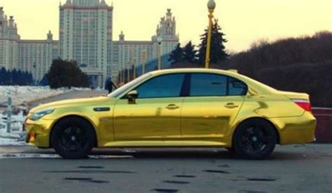 bmw e60 gold a shimmering gold plated bmw m5 spotted in russia
