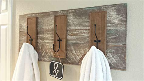 Bathroom Towel Decorating Ideas diy rustic towel rack blue sage designs