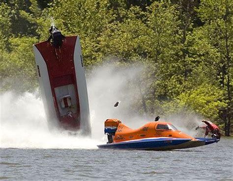 speed boat crash drag boat crashes drag boat crash speed boat dangers