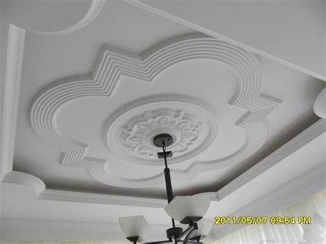 molduras para techos interiores decoraciones de techos en yeso imagui