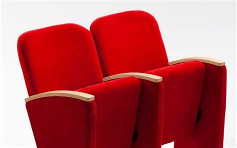 poltrone per teatro sedie per teatro casamia idea di immagine