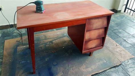 Meja Gosok Kayu pemuda ini beli perabot terpakai rm100 dan jual semula dengan harga rm3000 impiana