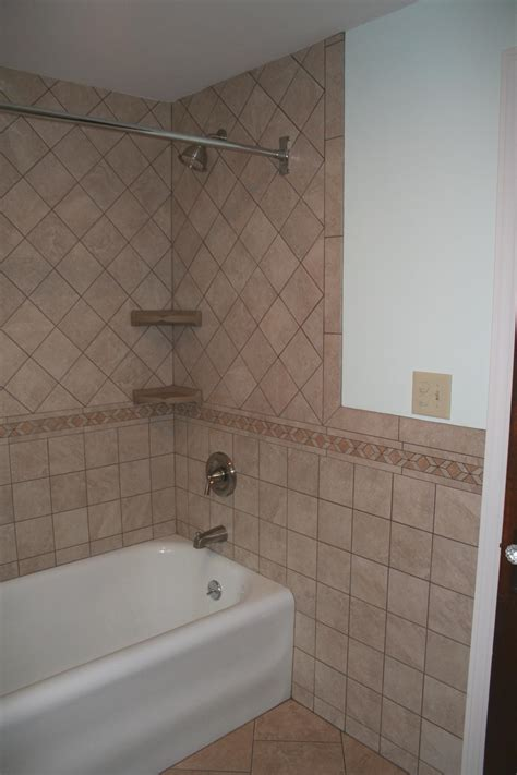 bathroom tile border ideas bathroom wall tile border ideas peenmedia