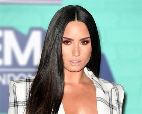 did demi lovato have blond hair demi lovato could have died following overdose