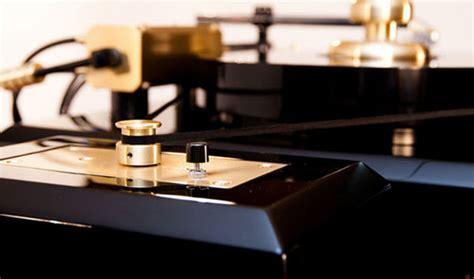 7 Amazing Turntables by The Amazing Proscenium Black Iii Turntable