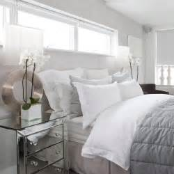 Silver White Bedroom - 36 relaxing neutral bedroom designs digsdigs