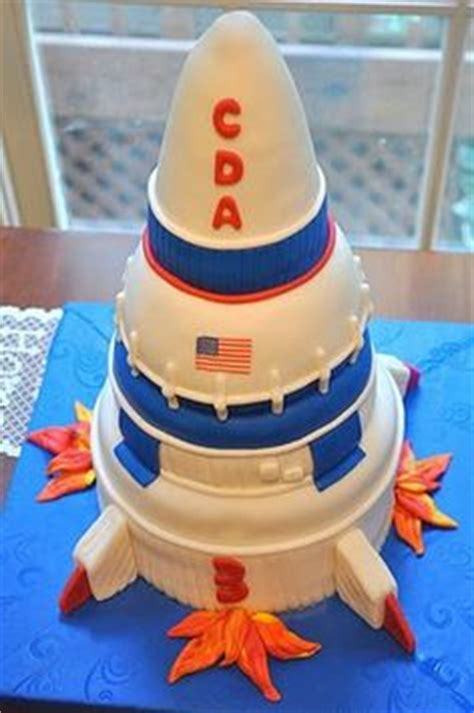 images  rocket shipouter space party  pinterest rocket cake rocket ship party