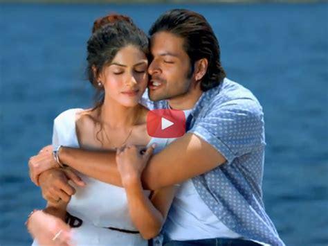 biography of movie khamoshiyan watch video khamoshiyan title track filmibeat