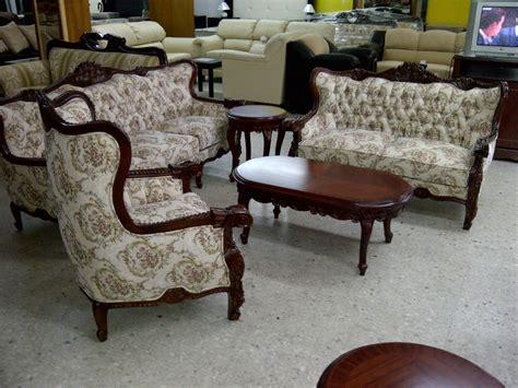 sala provenzal torsal en cedro tallada  mano muebles