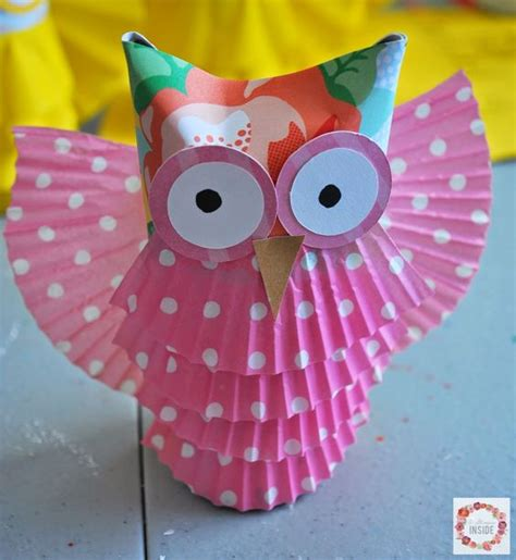 Toilet Paper Owl Craft - a glimpse inside toilet paper owls animal crafts