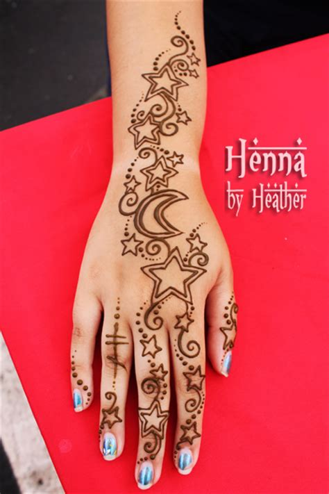 star henna tattoo mehndi moon
