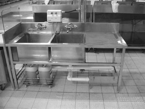 stainless steel sink with 2 bowls and drain table for